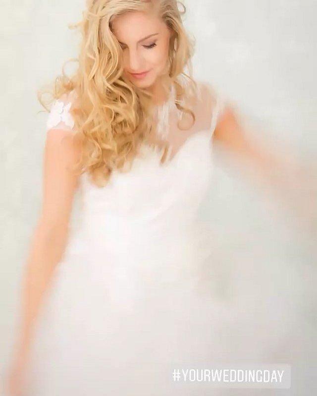 #love#photooftheday#Photographer#WeddingPhotography#DestinationWedding#WeddingDay#Portrait#Family#PhotographyBusiness#Imagenia#ImageniaBrides#WeddingDress#MyWeddingDress#WeddingFlowers#IDo@imagenia.ro